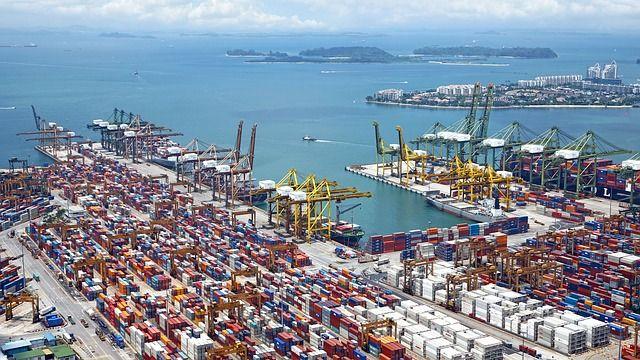 El transporte de mercancías y la logística: Algunas confusiones habituales con el lenguaje